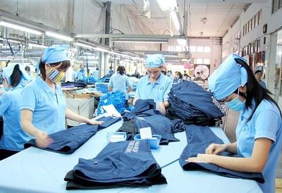 Anysew.vn_Xuất khẩu dệt may vượt mốc 20 tỷ USD
